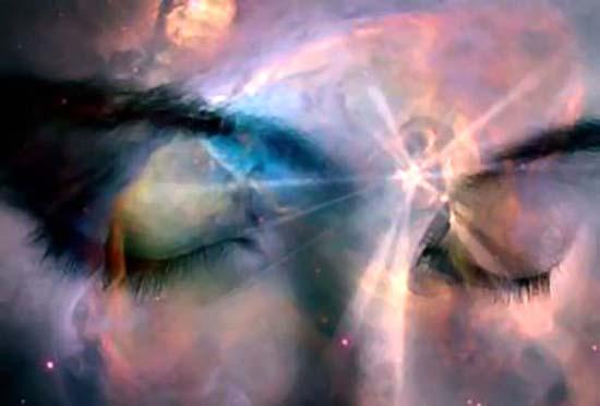 Vous recevez des informations de Dieu sous la forme d'intuitions et de ressentis.