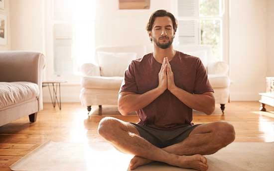 Le fait de briser vos liens émotionnels nocifs dans l'instant présent, vous fait récupérer votre énergie